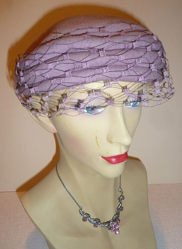 1950s Jacoll Lilac Felt Hat With Veil