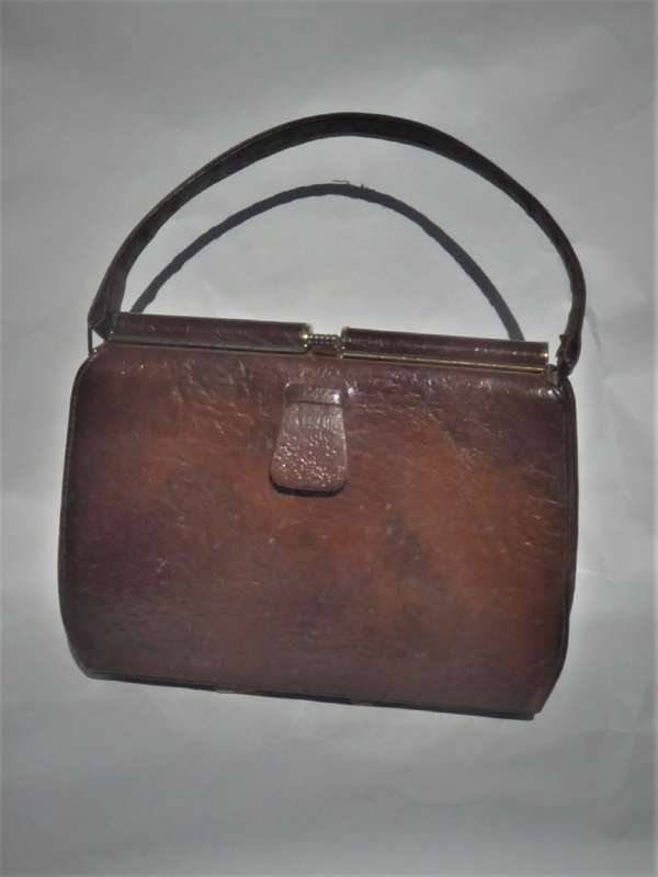 Vintage 1950s Textured Brown Calfskin Handbag With Suede Lining