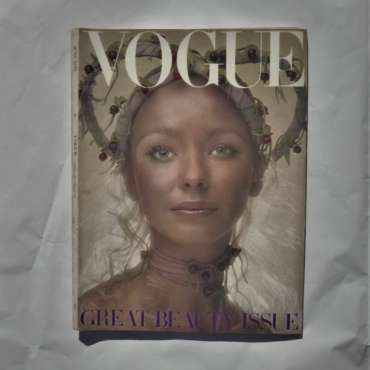 Vogue June 1970. Maudie James Cover