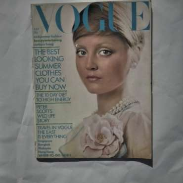 Vogue July 1972.David Bailey Cover.